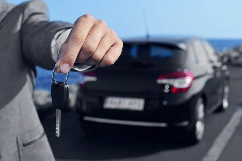 clé d'un véhicule neuf