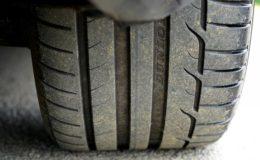 pneu de voiture bien gonflé